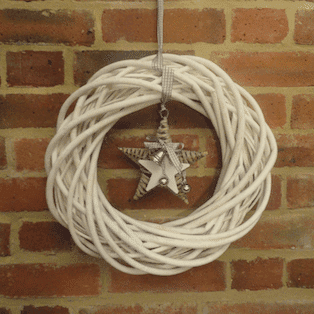 White Willow Star Wreath